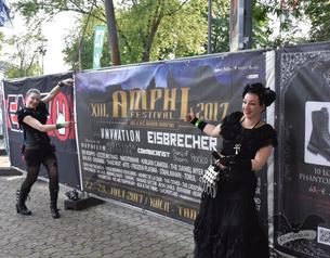 Die Gruftboten auf dem Amphi-Festival 2017 / Foto: Dunkelklaus