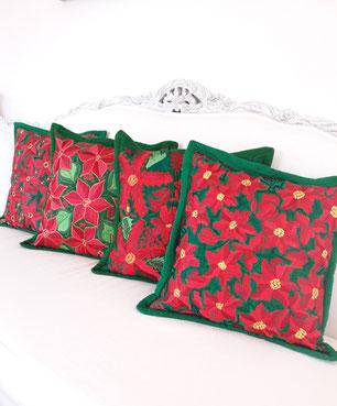 Adventskranz Deko, basteln, bunt, rot grün, mexikanische Weihnachten, bunte Weihnachtsdeko, Adventsdekoration, Weihnachtsfest, Adventskaffee, Tischdeko für Weihnachten, Baumschmuck bunt, rot, weiss, grün, bestickt, handmade, boho, Frida, Bommel, 2020