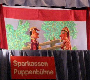 Dezember 2014: Kasperle und Bello