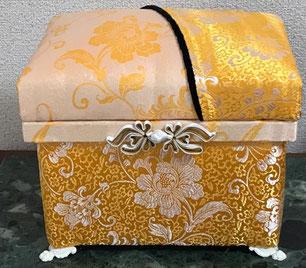 布張り商品 OMOIBAKO(想い箱)