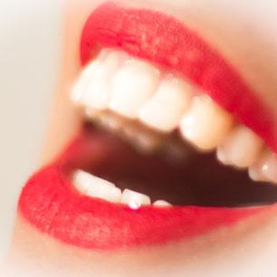 Kosmetisches Bleaching (Bleichung, Zahnaufhellung, Zahnweißung)