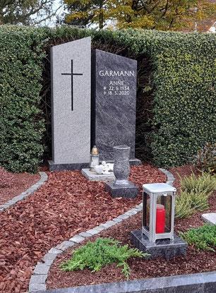 Denkmal Orion Poliert Geflammt