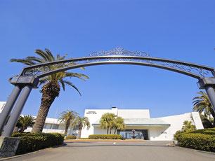 会場となるリゾートホテル観音崎京急ホテル。全室オーシャンビューでロケーションも最高。
