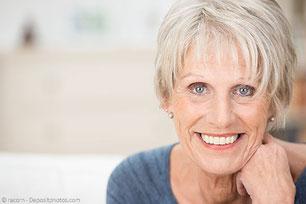 Zahnersatz: Zahnkronen und Zahnbrücken und Prothesen