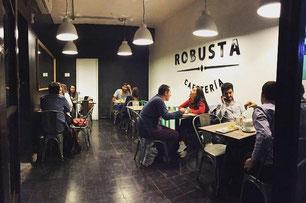 Robusta Cafeteria - Ramón Carnicer 85, Providencia