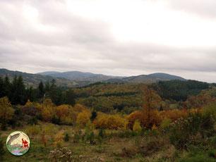 Le massif des Monédières à l'automne