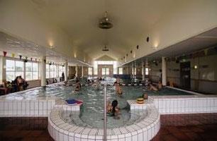 Schwimmbad im Parkzentrum Noordzee Résidence De Banjaard