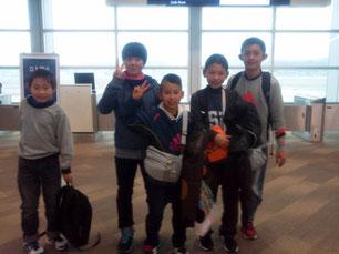 韓国に強化合宿に行ってきます!in 福岡国際空港 2014年1月1日 GooKOREA★