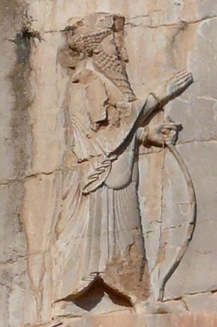 Xerxès Ier = Assuérus (486-465) – Il règne sur 127 provinces depuis l'Inde jusqu'en Ethiopie. Mardochée, l'oncle d'Esther refusant de se prosterner devant Haman le premier ministre du roi, ce dernier convainc le roi de promulguer un décret d'extermination