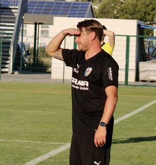 Blickt optimistisch nach vorn – FC-Trainer Alexander Kunert (Foto: K. Hannover)