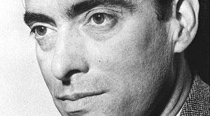 Ataúlfo Argenta nació en Castro Urdiales en 1913. Desde niño mostró un talento especial para la música que le permitió convertirse en uno de los directores de orquesta más prestigiosos de Europa.