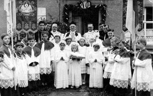 Priesterjubiläum von Pfr. Müller in Sickingen 1954