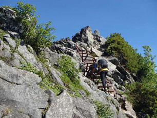 横岳 登山 ガイド