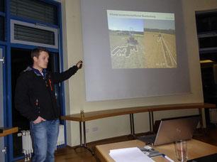 Daniel Bittner von der TU München beim Vortrag