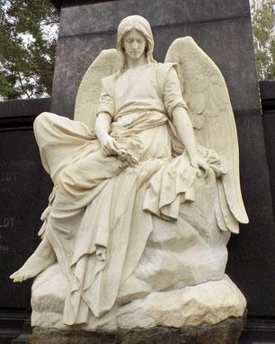 Robert Diez Engel auf dem Johannisfriedhof Dresden Bild: Susann Wuschko