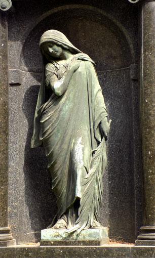 Taucherfriedhof Bautzen Grabmal Weigang Bild: Susann Wuschko