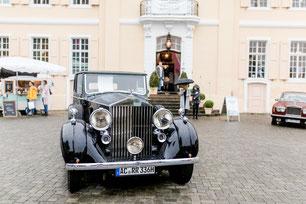 Hochzeitsauto & Kutschen