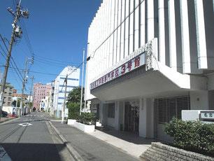 名古屋工学院専門学校 3号館 入口付近