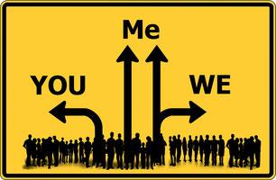 "Wegschild (""you, me, we"")"
