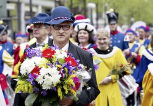 Grossratspräsident Beat Giauque als Ehrengast am Sechseläuten 2012. Seine Rolle bei der Personalvorsorgestiftung ist weniger ehrenvoll.