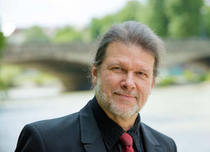 Jürgen Plich leitet und gestaltet die Nymphenburger Klavierabende