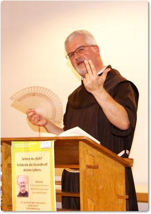 P. Christoph in Aktion bei heißen Temperaturen