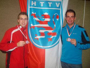 Holten im Jahr 2010 bei den Hessenmeisterschaften gemeinsam Bronze im Doppel: Nico Beck (links) und Stefan Börner (TuS Weißenborn)