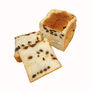 カリフォルニアレーズンをたっぷり入れた食パン