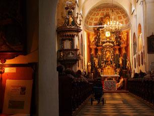 die Sonntags-Messe war gut besucht