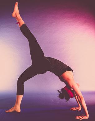 Yoga Rad, Yoga volles Rad, Yoga Chakra Pose