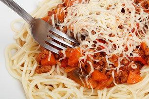 Spaghetti Gabel Käse Nudeln