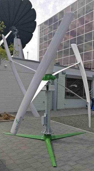 Kleinwindanlagen Windkraft für Wohngebäude Vertikal und Horizontal ...