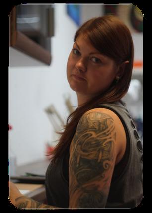 Jane Absinth Piercing Düsseldorf - Professionelle Piercerin, Mitglied im Verband Professioneller Piercer e.V. (VPP)