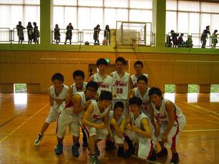 バスケットボール部で活躍する土木の生徒