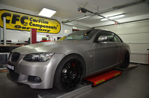 BMW 3er Coupe in brushed titan-metallic