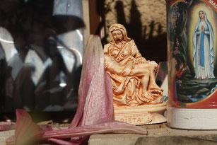 Pietà, kleiner Altar irgendwo in Apulien