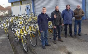 Une nouvelle vie pour 32 vélos de facteur à Caen - TendanceOuest.com