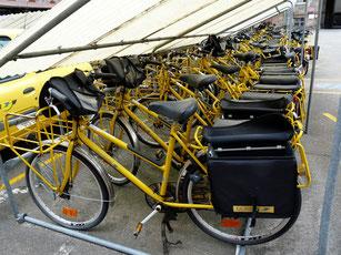 vélos la poste jaune