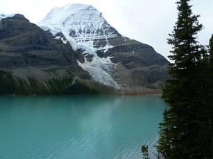 Berg Lake/Mt.Robson