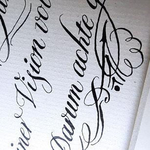 Modern Calligraphy Advanced Online Kurs: Verzierungen, Schmuckelemente, Bouncing Letters