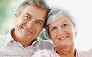 Sicheres Gefühl mit stabilem und ästhetischem Zahnersatz