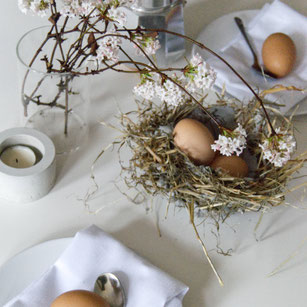 Free Family DIY Concrete Hay Easter Nest Instructions by PASiNGA