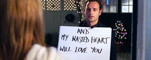 Cadeau de Lover #10 : Une déclaration par pancartes interposées.