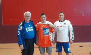 v.l.r. Klaus-Dieter Hiedels, Christian Herda und Trainer Mike Ermert