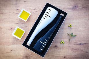 edo Aceite de Oliva Virgen Extra Ultra Premium Edición Maridaje Deluxe con Aceitunas y Ramas de Olivo. Mejor Aceite de Oliva Virgen Extra del Mediterráneo
