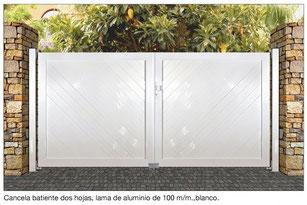 puerta batiente aluminio
