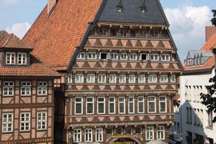 Die Stadt Hildesheim, Knochenhaueramtshaus, Rathausplatz