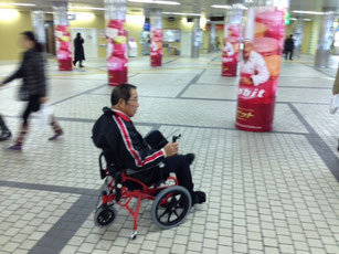 札幌中心街で足こぎ試乗