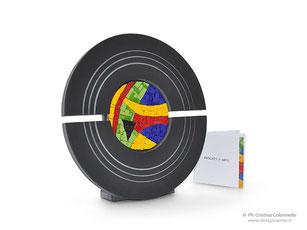 Scultura da tavolo Ritmo colorato  di Nino Basso