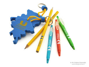 merchandising Universiade giochi invernali matite penne portachiavi